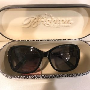 Brighton Sunglasses Great Style With Case